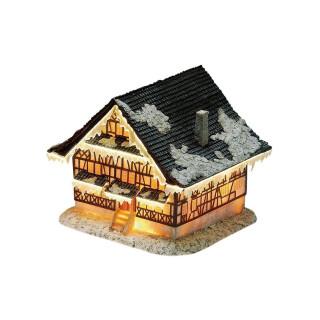 Haus mit Beleuchtung aus Poly, B18 x T18 x H19 cm